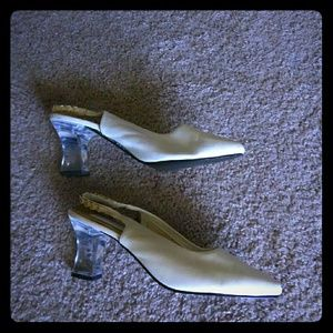 Woman's Clear Heel Shoes Size 11